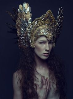Icarii headdress (Daniel Jung was featured in ISSUE and Miss G Designs was featured recently in ISSUE Available on MagCloud. Photographer: Daniel Jung Headdress: Miss G Designs Model/Hair/Makeup: Sabrina Rucker) Princess Photography, Foto Portrait, Mode Editorials, Fantasy Costumes, Fairy Costumes, Models, Headgear, Headdress, Feather Headpiece