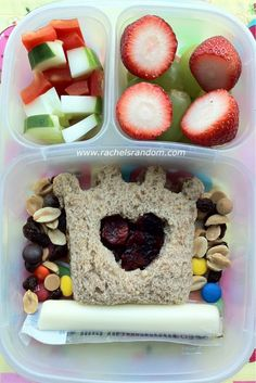 Sand*Wishes Lunch Punch with crasins in the heart cut-out, trail mix, grapes, strawberries, cucumber, and red bell pepper. #bento #vegetarian #easylunchboxes @Kelly Lester / EasyLunchboxes