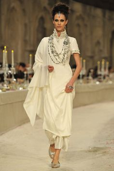 Chanel Pre-Fall 2012 The Paris-Mumbai Collection
