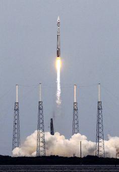 NASA Successfully Launches MAVEN Spacecraft Headed for Mars [PHOTOS] [VIDEOS]  #NASA #MAVEN #Launch #Mars #Space #Climate