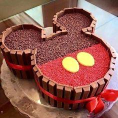 beauté, Bershka, jour de naissance, tarte, chocolat, mode, cadeau, h&m, habiter, amour, luxe, Mickey Mouse, Minnie Mouse, ok, tout est en ordre, style, swag, rien que ça, ah oui, oui, Zara