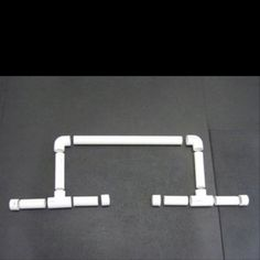 Instructions on how to make your own paralletes. Must do ASAP. Make 8 vertical pipes. 4 small for pushups. 4 3ft tall for dips Crossfit Garage Gym, Pipes, Push Up, Beauty Tips, Sink, Make It Yourself, Fitness, Diy, Sink Tops