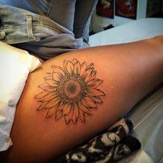 Sunflower on the thigh/hip #sunflower #flower #flower tattoo #hiptattoo…