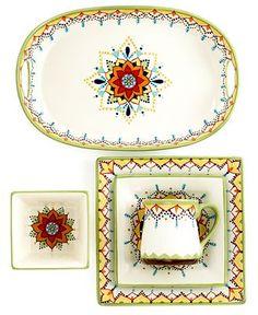 lovely border for dinnerware