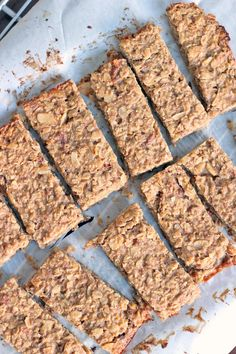 Homemade Energy Bars: A Tasty and Healthy Way to Snack!