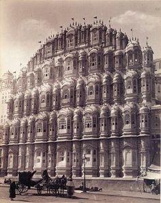 Lala Deen Dayal, Palace of the Winds (Hawa Mahal), Jaipur, 1895.