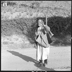 Sardegna DigitalLibrary - Immagini - Barbagia di Belvì 1955