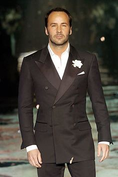 The Most Influential Runway Shows of All Time / Tom Ford at Gucci / Gucci Fall 2004 Tom Ford Tuxedo, Tom Ford Suit, Tom Ford Men, Tuxedo For Men, Suit Fashion, Fashion Show, Mens Fashion, Fashion Styles, Sharp Dressed Man
