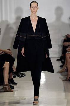 Ralph Rucci Spring 2015 Ready-to-Wear Collection Photos - Vogue