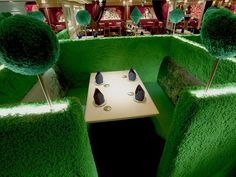 Curious Places: Alice in Magic Land - Restaurant (Tokyo/ Japan)