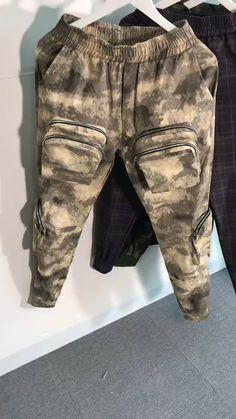 Cargo Pants Outfit Men, Mens Jogger Pants, Drop Crotch Shorts, Designer Clothes For Men, Urban Style, Hip Hop Fashion, Car Keys, Shiva, Hypebeast