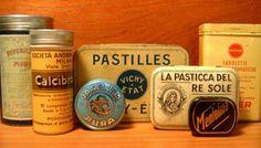 Vecchie scatole di latta di medicinali. La #Farmacia d'Epoca, un blog dedicato al collezionismo.