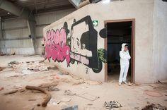 Fotografía de #Comunión en #Castellón y #Valencia - Reportajes para niños en Marta Mor Fotografía #Comuniones #Grafitti #Industrial