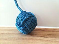 Faîtes votre propre pomme de touline, grâce à ce tuto :) noeuds marins | Finistère Bretagne