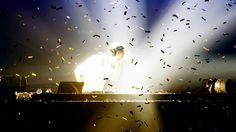 PENTAX Photo Gallery : Armin van Buuren, trance 'God' - by Marcel van Leeuwen