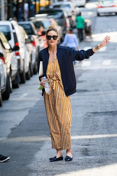 olivia palermo´s street style, she rocks a striped jumpsuit with a blue silk bomber jacket and loafers Estilo Olivia Palermo, Olivia Palermo Style, Printemps Street Style, Look Street Style, Street Styles, Inspiration Mode, Looks Style, Mode Outfits, Fashion Weeks