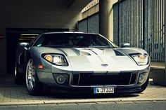 Ford GT @ Düsseldorf. I Like this editing do you? please comment if you like it or not (the editing) i had a great day @ Düsseldorf!