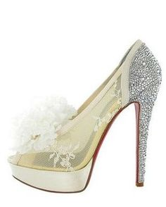Glittering gold Louboutins: www.stylemepretty... | Photography: The Shooting Gallery - theshootinggaller...