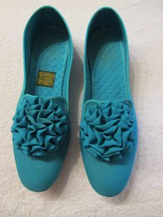 New Blue Vintage SLIPPERS Size 6.5AA By DANIEL GREEN Made in USA #DanielGreen #Slippers