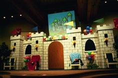 VBS castle set idea!!! Really like this one.