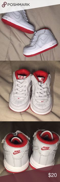 f73700b6e1 Nike Air Force One Crib Shoes Nike Air Force One Crib Shoes || Size 2