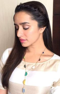 Fresh New Photos of Shraddha Kapoor 2018 - Bollywood New Star Prettiest Actresses, Beautiful Actresses, Beautiful Bollywood Actress, Beautiful Indian Actress, Indian Celebrities, Bollywood Celebrities, Bollywood Stars, Bollywood Fashion, Shraddha Kapoor Cute