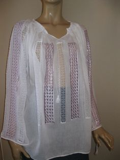 Romanian peasant blouse with lace - Lavender Chamomile - size L by RealRomania on Etsy