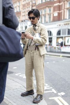 London Mens Fashion Week street style