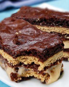 Chocolate Banana Cream Sandwiches