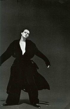 Vogue IT - Karen Elson - Sep 1997 by Peter Lindbergh