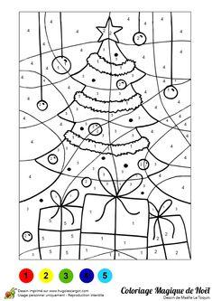 Un jeu à colorier de sapin et cadeaux.                                                                                                                                                                                 Plus