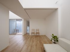 "Complex House by Tomohiro Hata ""Location: Nagoya, Aichi, Japan"" 2011"