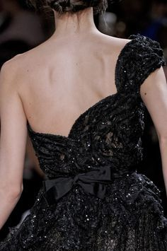 Sequined backless