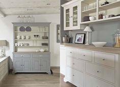 Neptune Home, England Neptune Home, Neptune Kitchen, Kitchen Dresser, Kitchen Furniture, Kitchen Cabinets, Grey Cabinets, Cottage Kitchens, Home Kitchens, Cocina Diy