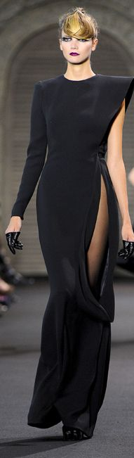 http://femmestyle.net/stephane-rolland-haute-couture-fall-winter-20112012/