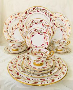 Very Rare Shelley Pink Laurel 5 Piece Place Setting Pink Gold Pattern 13577  sc 1 st  Pinterest : italian countryside dinner plates - Pezcame.Com