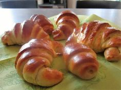 FORNELLI IN FIAMME: HOMEMADE CROISSANT WITH BRIOCHE DOUGH - Croissant ...