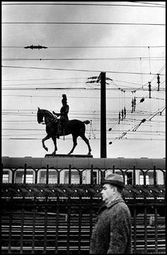 Elliott Erwitt, Cologne, Germany 1967. © Elliott Erwitt/Magnum Photos -repinned by LA photographer http://LinneaLenkus.com  #portraiture