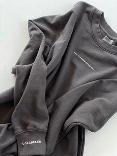 Unique Fashion, Mens Fashion, Fashion Outfits, Printed Shirts, Tee Shirts, Clothing Packaging, Tee Shirt Designs, Apparel Design, Hoodies