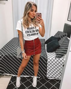Looks Style, Casual Looks, Cute Casual Outfits, Summer Outfits, All Star Outfit, Look Cool, Ideias Fashion, Mini Skirts, Fashion Outfits