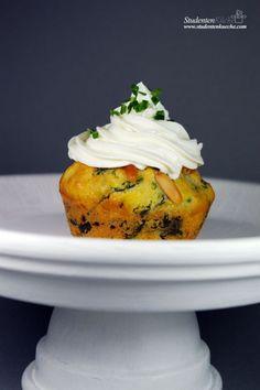 Pikante Muffins mit Spinat und Ziegenkäse-Frosting    Spicy muffins with spinach and goat cheese frosting  -> Studentenküche    Rezept   recipe