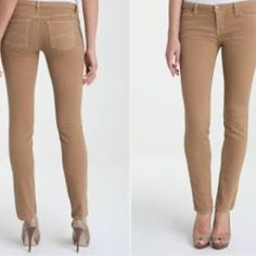 """New Michael Kors Amber Stretch Skinny Leg Jeans 4 Item: 1 Pair of Michael Kors Stretch Skinny Leg Jeans Size: 4 Dimensions: See Pics Color: """"Amber"""" / Tan Fabric Content: See Pic Miscellaneous: In perfect condition! Up for grabs are some darling skinny jeans by MK! They stretch but they were a little too big for me! My loss is your gain! Snag 'em before they're gone! Conditions: Sorry, no trades. Sorry, no PayPal. Not likin' the price?  ...Too bad, jk lol! Make me an offer! Bundle my other…"""