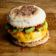 Microwave Egg Sandwich- There's no excuse to skip breakfast when you can have this light and fluffy egg sandwich ready in 5 minutes or less. Avocado Recipes, Egg Recipes, Brunch Recipes, Cooking Recipes, Alkaline Recipes, Cooking Stuff, Dinner Recipes, Microwave Eggs, Breakfast