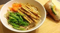 Kitsune Soba Noodle Bowl. Japanese-style Vegan goodness. Get the recipe here: http://www.pledgevegan.com/vegan-recipes/vegan-kitsune-soba