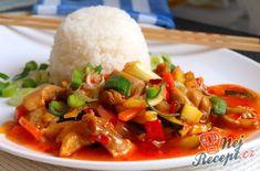 Směs kuřecího masa a zeleniny ve sladké chilli omáčce | NejRecept.cz Food N, Food And Drink, Main Dishes, Side Dishes, Chicken Alfredo, Be A Nice Human, Food Inspiration, Thai Red Curry, Healthy Life