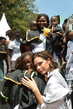 These Pics of Victoria and Brooklyn Beckham Meeting With Kids in Kenya Will Touch Your Heart
