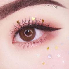 #171222 #멜리티디 핸드폰으로 보니 플럼이 핑크레드로 바뀌는 매직,,ㅠ_ㅠ . #오렌즈 #홀팝3콘 브라운 _ #멜리발색 #멜리티디 #키라키라메이크업 #눈화장 #뷰티 #메이크업 #eyemakeup #beauty #makeup #eotd #motd Day Eye Makeup, Asian Eye Makeup, Makeup Eyeshadow, Cute Makeup Looks, Pretty Makeup, Make Up Looks, Korean Makeup Look, Ulzzang Makeup, Kawaii Makeup