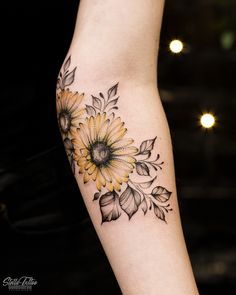 225 Simple Tattoos: Going Simple And Meaningful - Prochronism - 225 Simple Tattoos: Going Simple And Meaningful – Prochronism - Elbow Tattoos, Mini Tattoos, Body Art Tattoos, Small Tattoos, Cool Tattoos, Tatoos, Circle Tattoos, Tree Tattoos, Wrist Tattoos