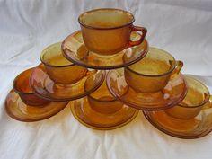 6 koppar kaffekoppar med fat Arcoroc Sierra France retro bärnsten på