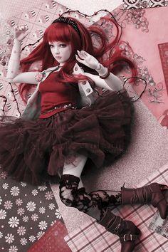 RED-ISH by chibi-lilie.deviantart.com on @deviantART